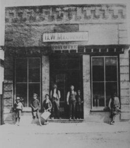 55 Baldwin St Brooklin 1860